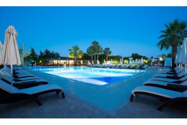 HOTEL RELAX WASHINGTON RESORT & SPA